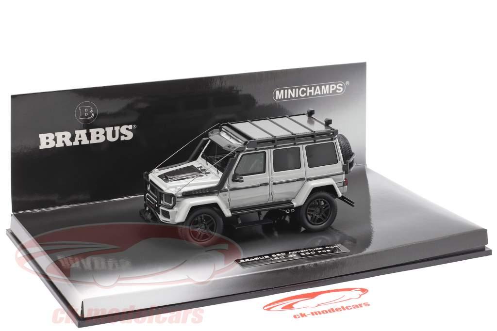 Brabus 550 Adventure 4x4 år 2017 lys grå 1:43 Minichamps