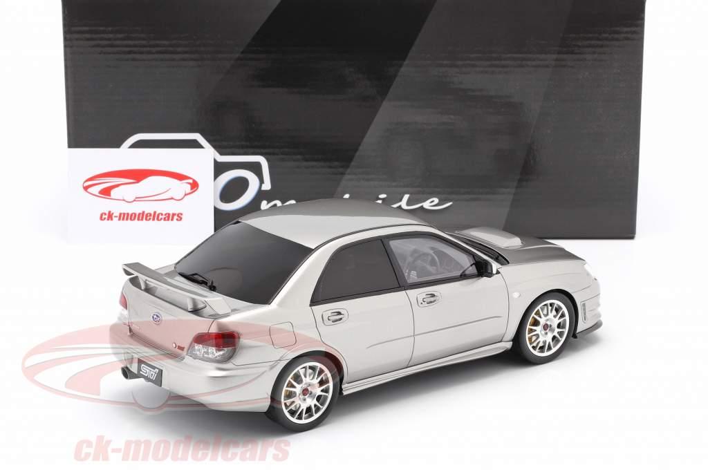 Subaru Impreza STI S 204 Bouwjaar 2006 kristalgrijs 1:18 Ottomobile