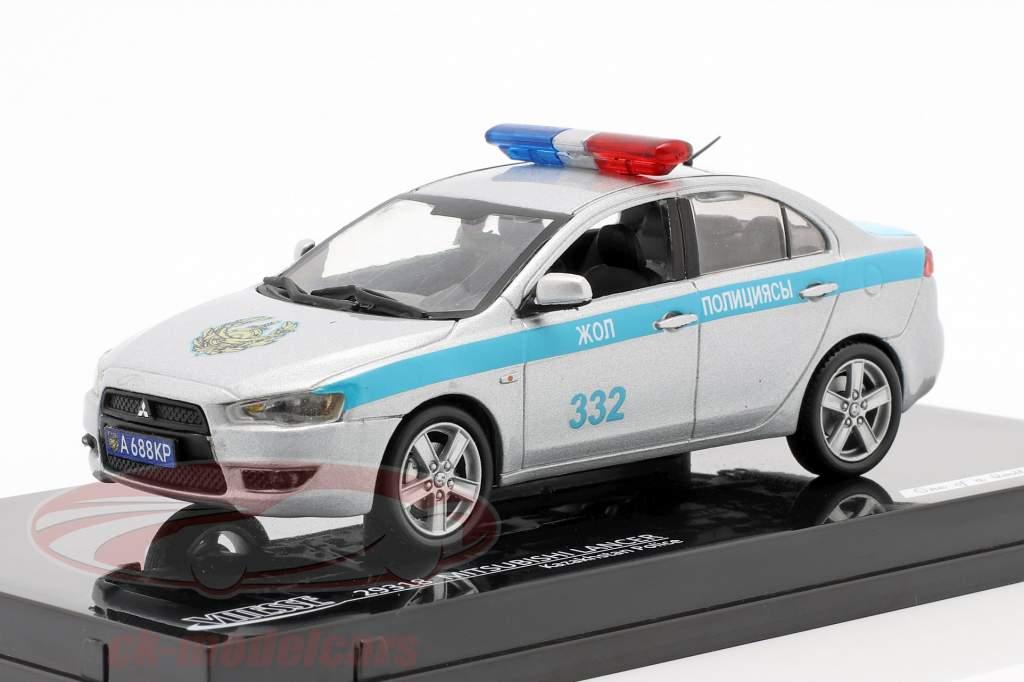 Mitubishi Lancer Kazakhstan Police jaar 2010 zilver / blauw 1:43 Vitesse