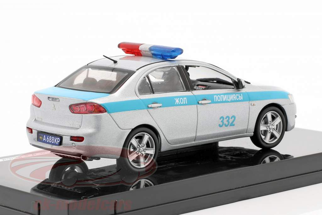 Mitubishi Lancer Kazakhstan Police an 2010 argent / bleu 1:43 Vitesse