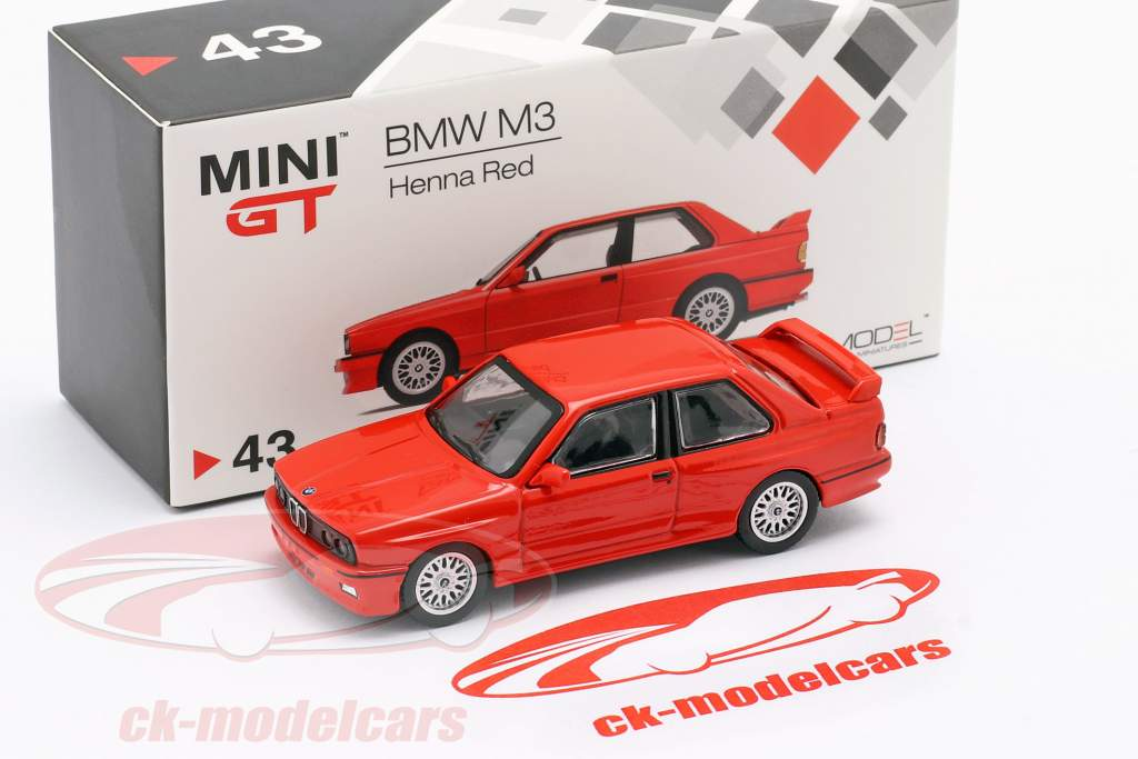BMW M3 (E30) LHD alheña rojo 1:64 TrueScale