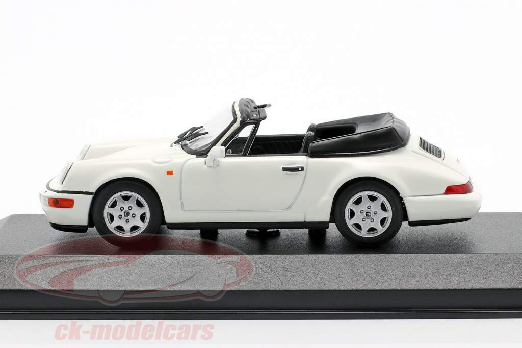 Porsche 911 Carrera 4 Cabriolet anno 1990 White 1:43 Minichamps