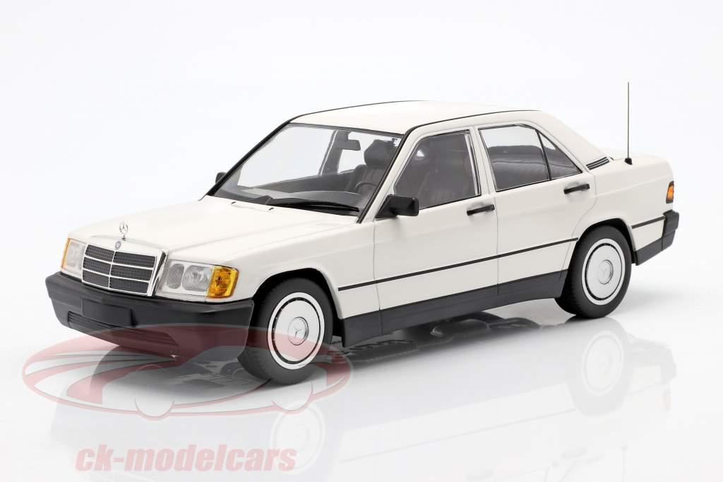 Mercedes-Benz 190E (201) year 1982 white 1:18 Minichamps