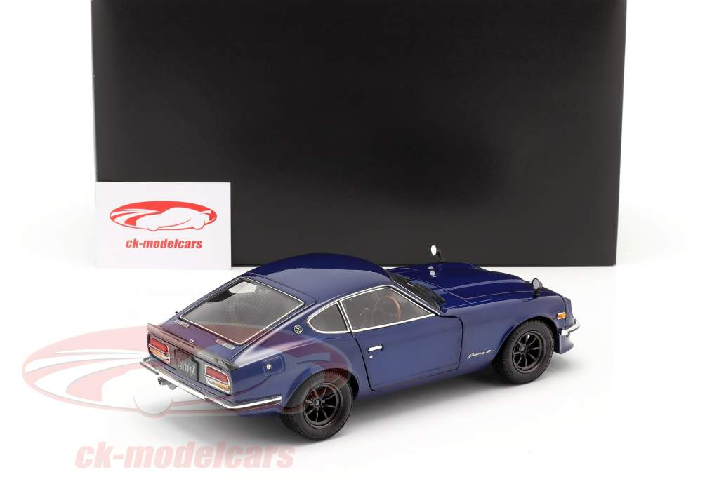 Nissan Fairlady Z (S30) año 1970 azul metálico 1:18 Minichamps