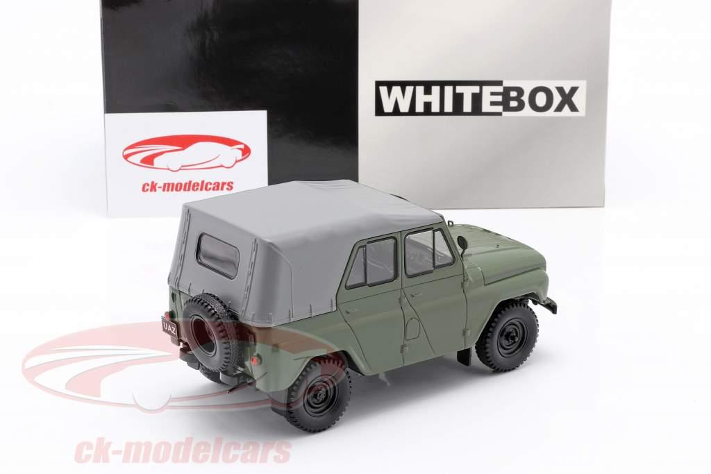 UAZ 469 oliv grün 1:24 WhiteBox