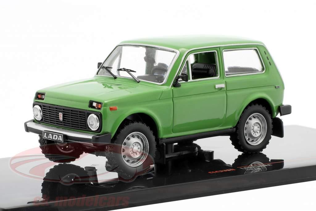 Lada Niva Bouwjaar 1978 groen 1:43 Ixo