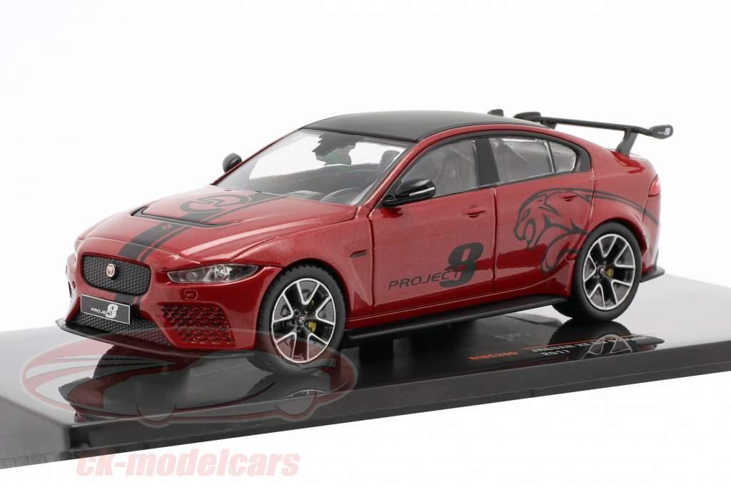 Jaguar XE SV Project 8 Bouwjaar 2017 donker rood metalen 1:43 Ixo