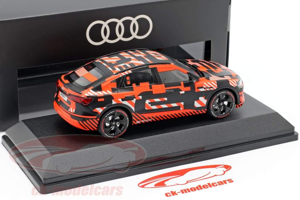 Audi e-tron Sportback Prototype noir / rouge 1:43 iScale