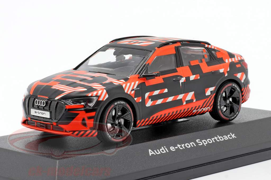 Audi e-tron Sportback Prototype black / red 1:43 iScale