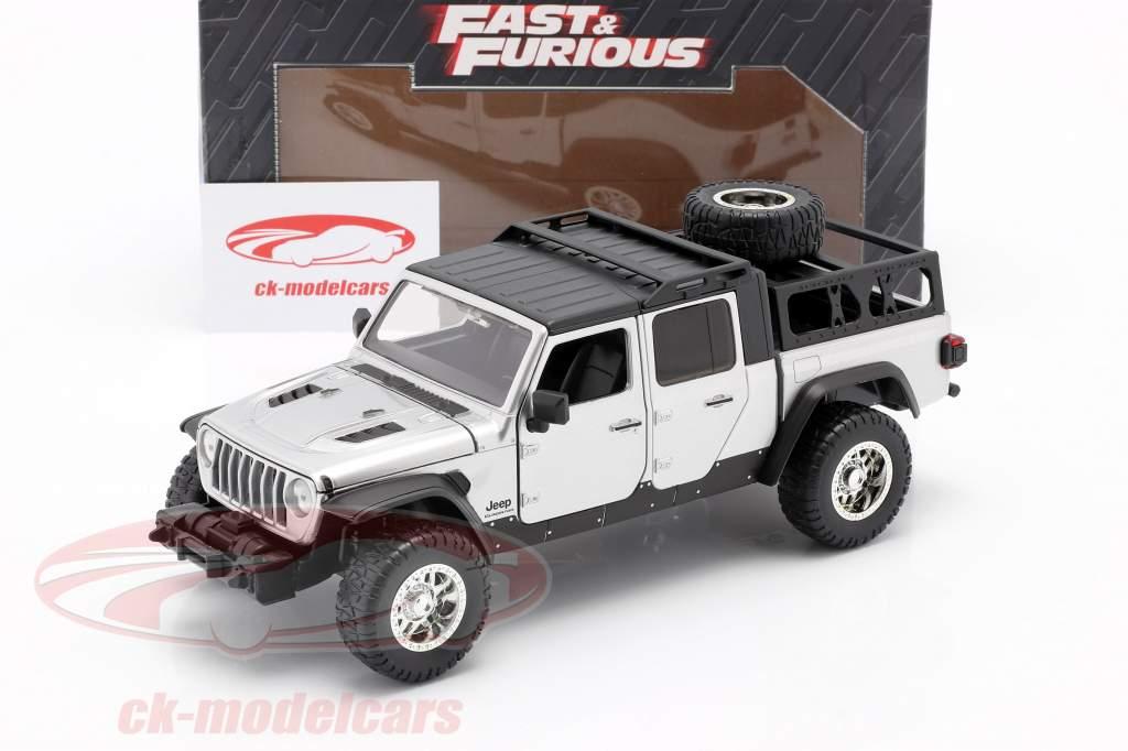 Jeep Gladiator ano 2020 Fast & Furious 9 (2021) prata 1:24 Jada Toys