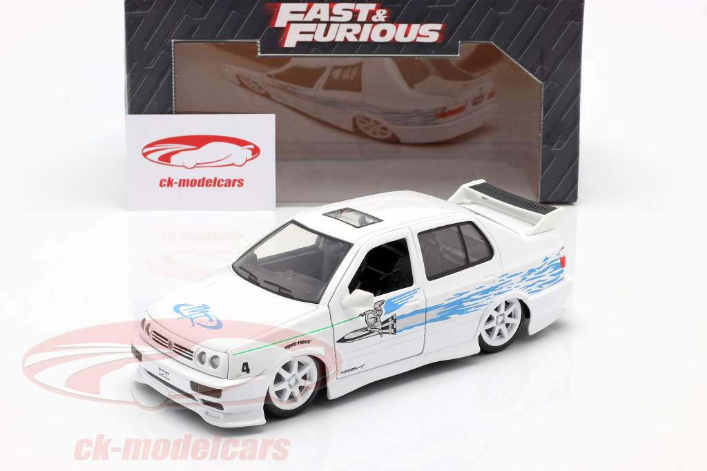 Jesse's Volkswagen VW Jetta A3 van de film Fast & Furious 2001 wit / blauw 1:24 Jada Toys