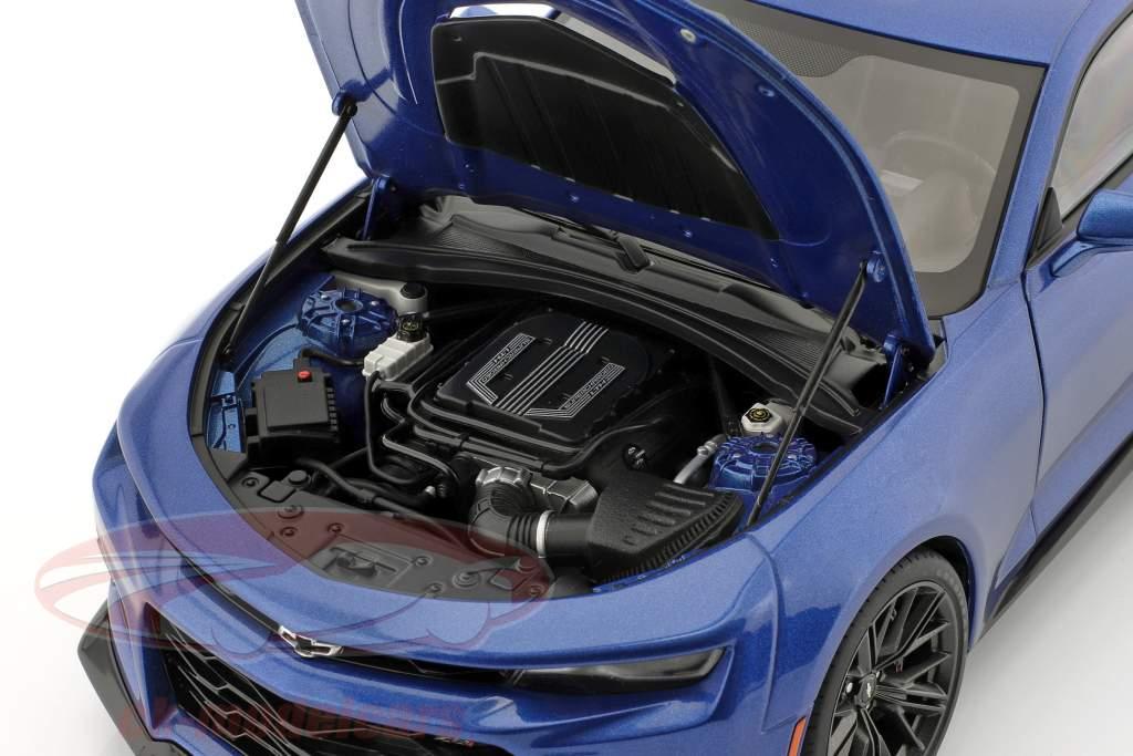 Chevrolet Camaro ZL1 Año de construcción 2017 hyper azul metálico 1:18 AUTOart