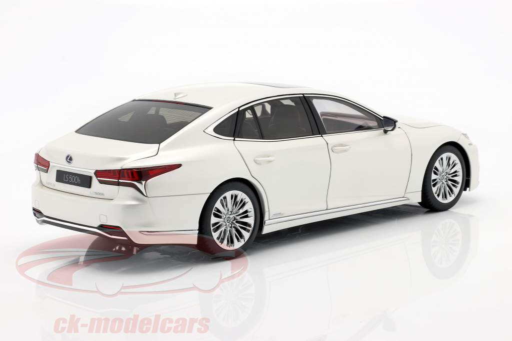 Lexus LS 500h Bouwjaar 2018 sonisch Wit metalen 1:18 AUTOart