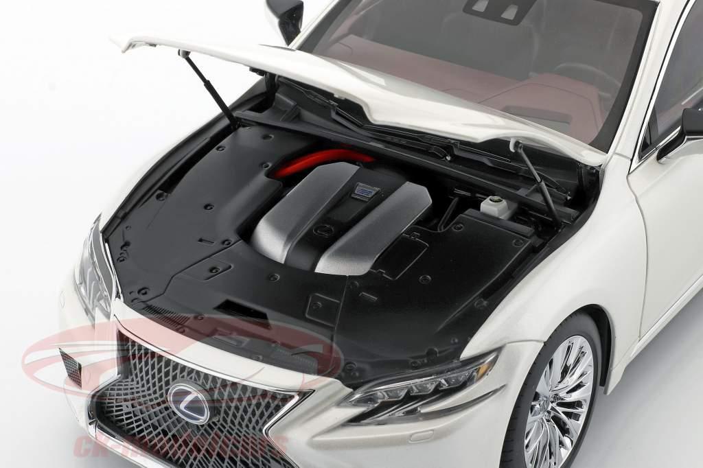 Lexus LS 500h Byggeår 2018 sonic hvid metallisk 1:18 AUTOart