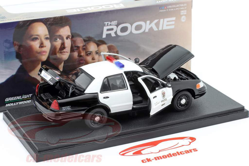 Ford Crown Victoria Police Interceptor 2008 The Rookie nero / bianca 1:43 Greenlight