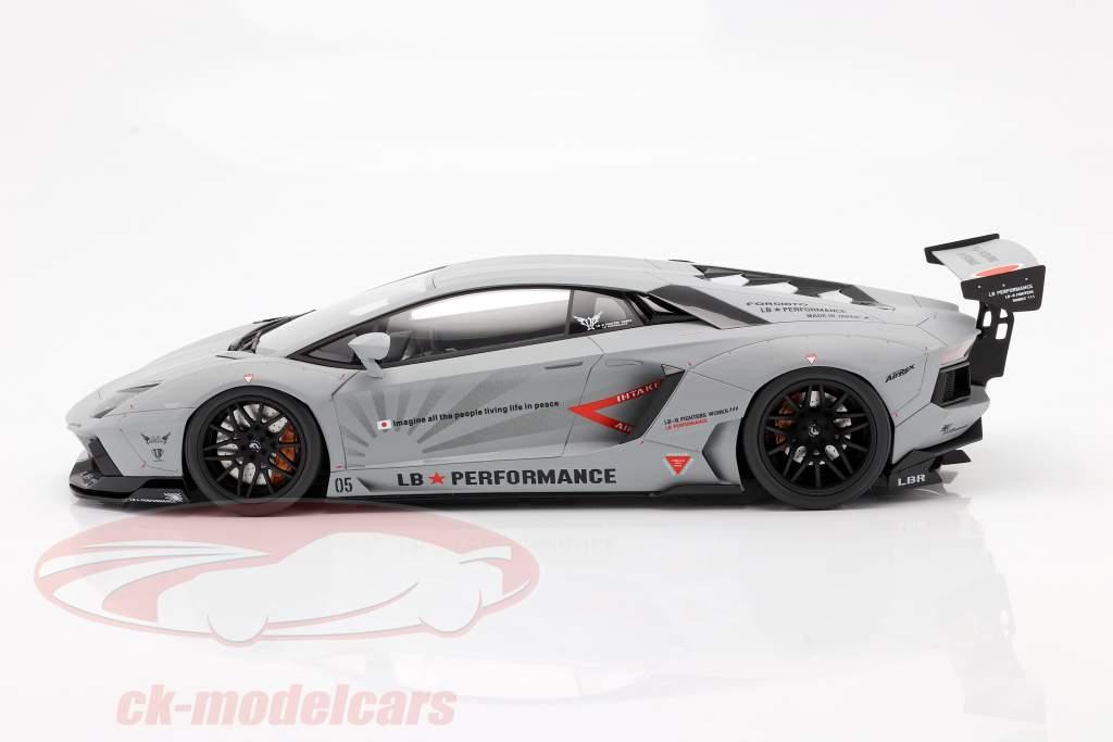 Lamborghini Aventador Coupe LB-Works argent 1:12 Kyosho
