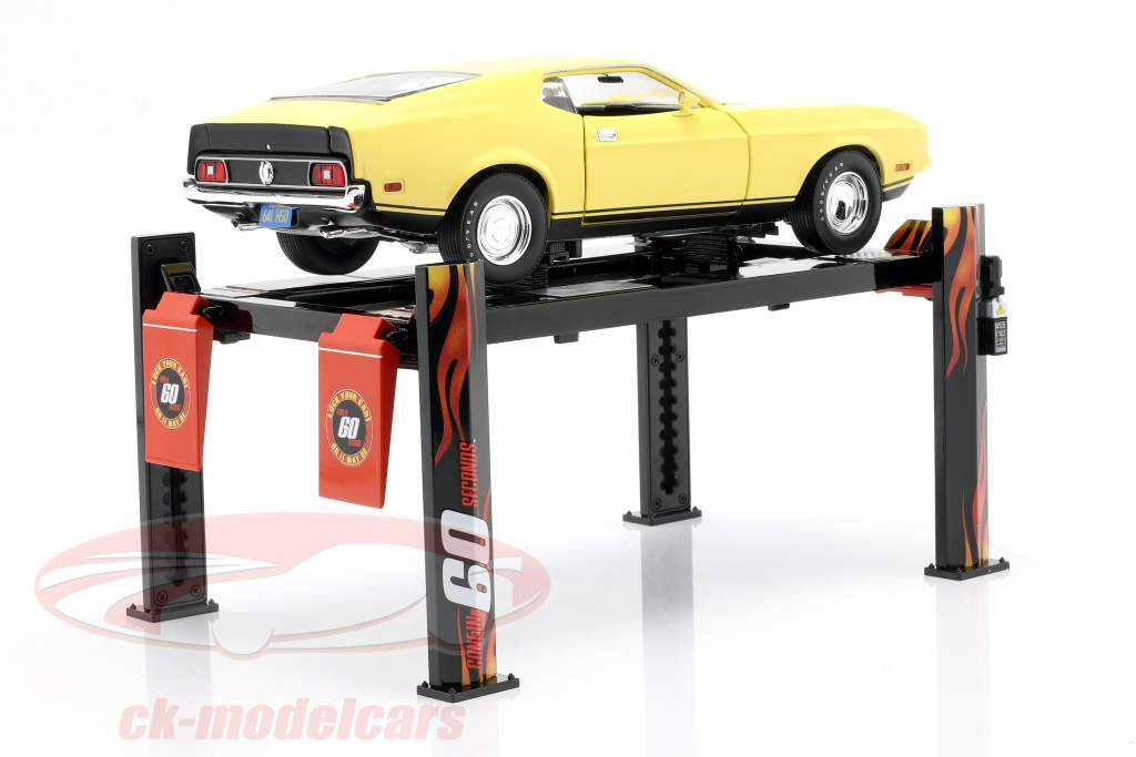 Adjustable four-post Lift Gone in 60 seconds 1:18 Greenlight