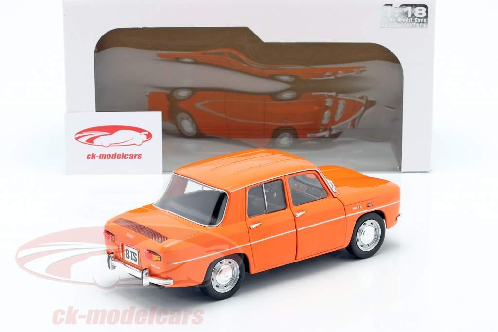 Renault 8 TS ano 1967 laranja 1:18 Solido