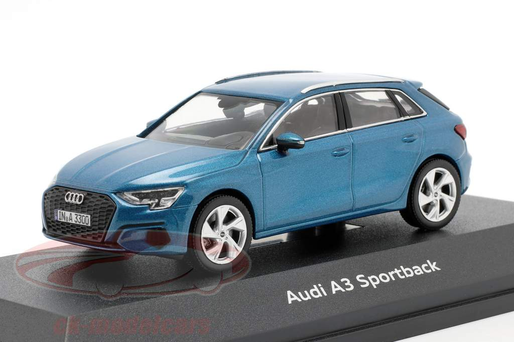 Audi A3 Sportback Année 2020 bleu atoll 1:43 iScale