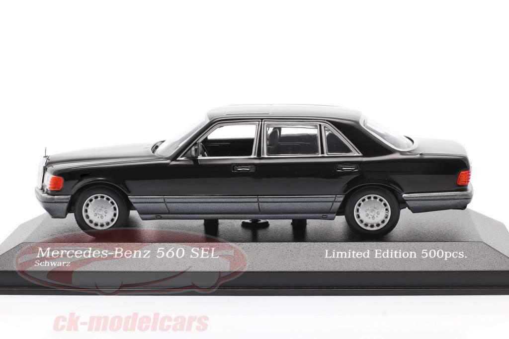 Mercedes-Benz 560 SEL (W126) Año de construcción 1990 negro 1:43 Minichamps
