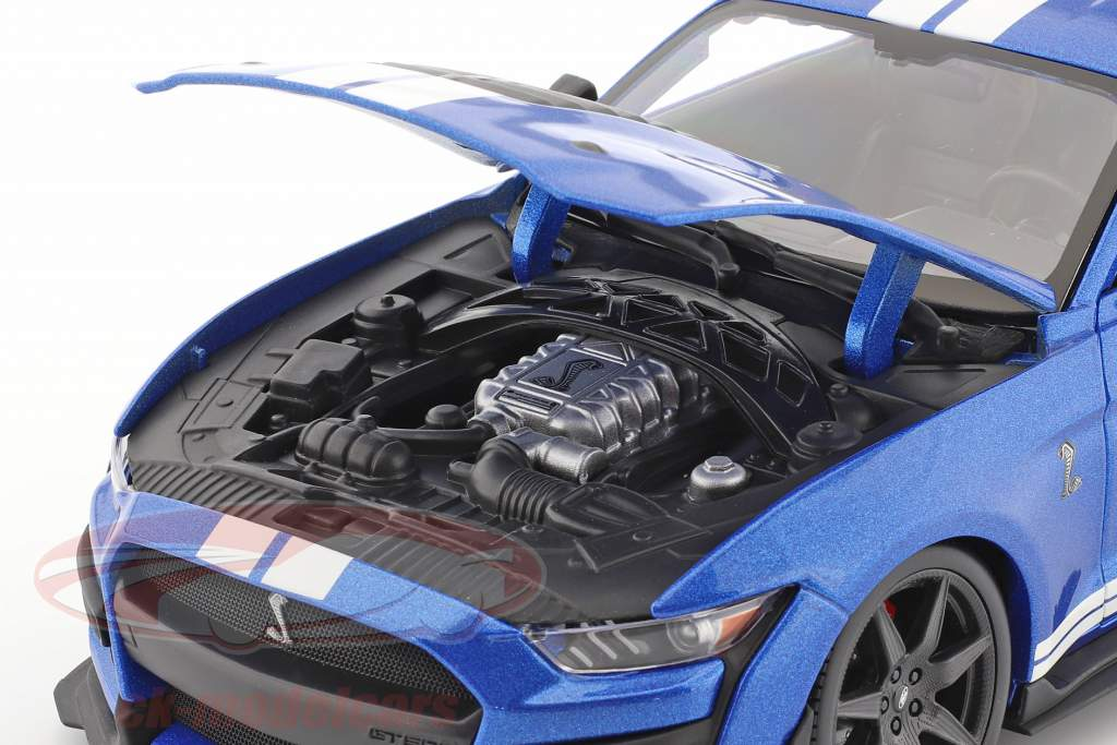 Ford Mustang Shelby year 2020 blue 1:18 Maisto