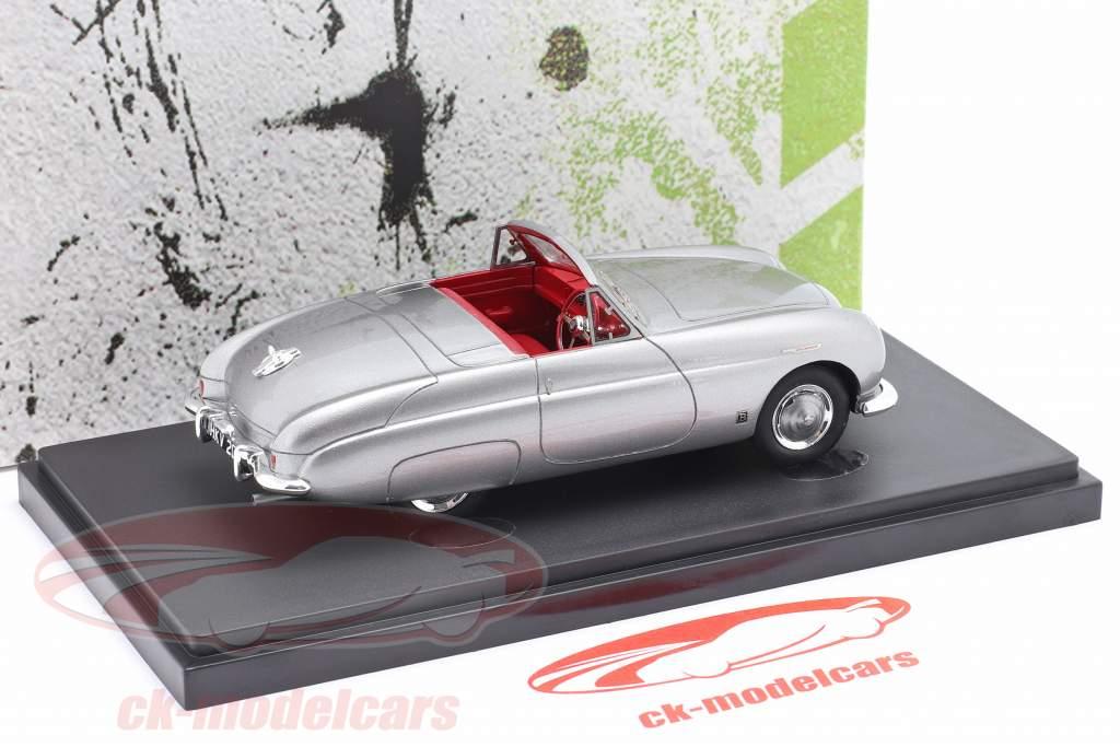Triumph TR-X year 1950 silver grey metallic 1:43 AutoCult