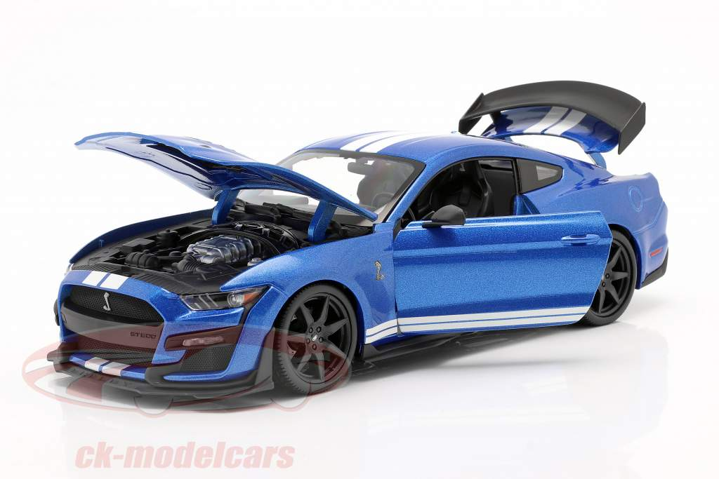 Ford Mustang Shelby anno 2020 blu 1:18 Maisto