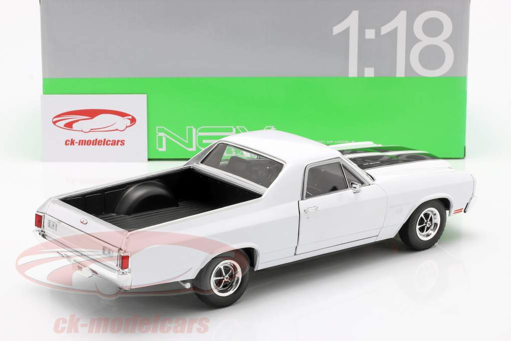 Chevrolet El Camino ano 1970 branco / preto 1:18 Welly
