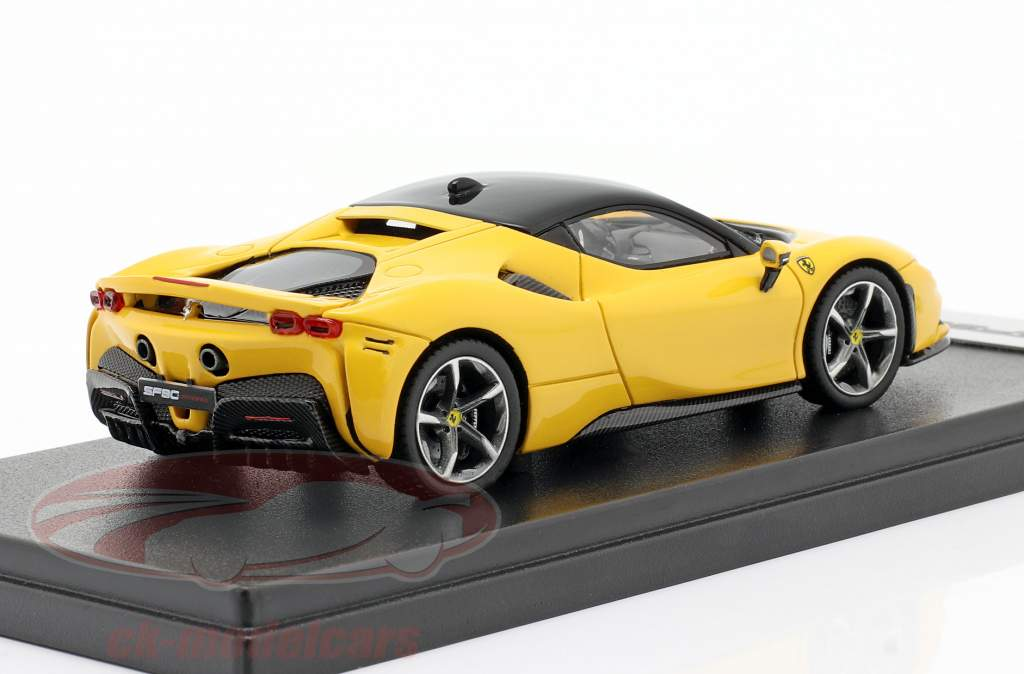 Ferrari SF90 Stradale år 2019 Modena gul 01:43 LookSmart