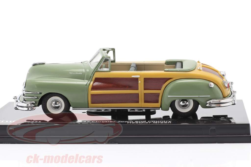 Chrysler Town and Country Baujahr 1947 heather green 1:43 Vitesse