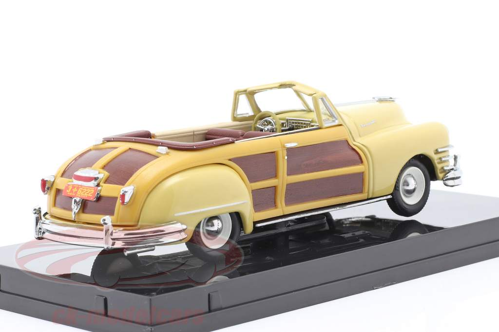 Chrysler Town and Country year 1947 yellow luster 1:43 Vitesse