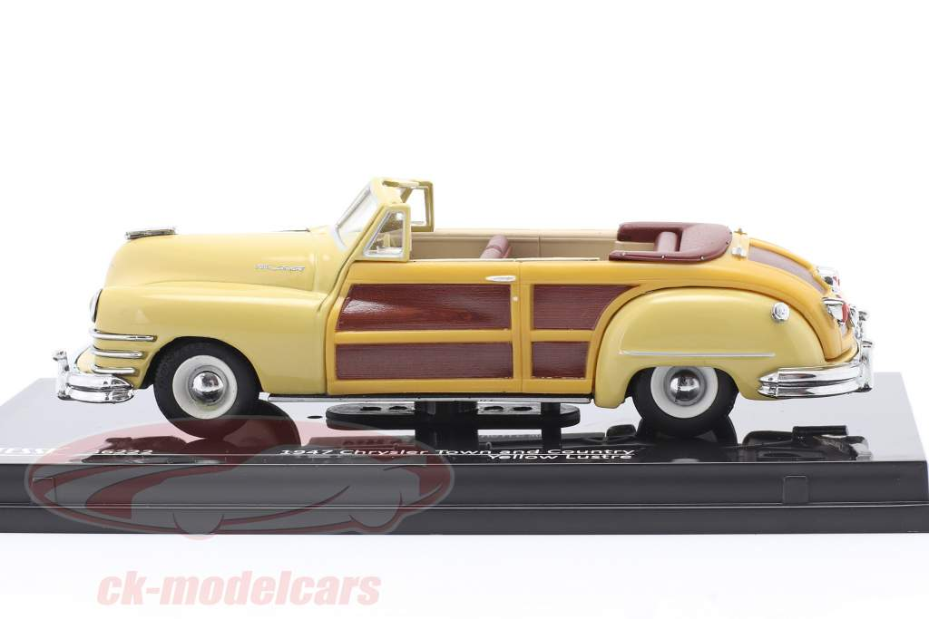 Chrysler Town and Country anno 1947 giallo lustro 1:43 Vitesse