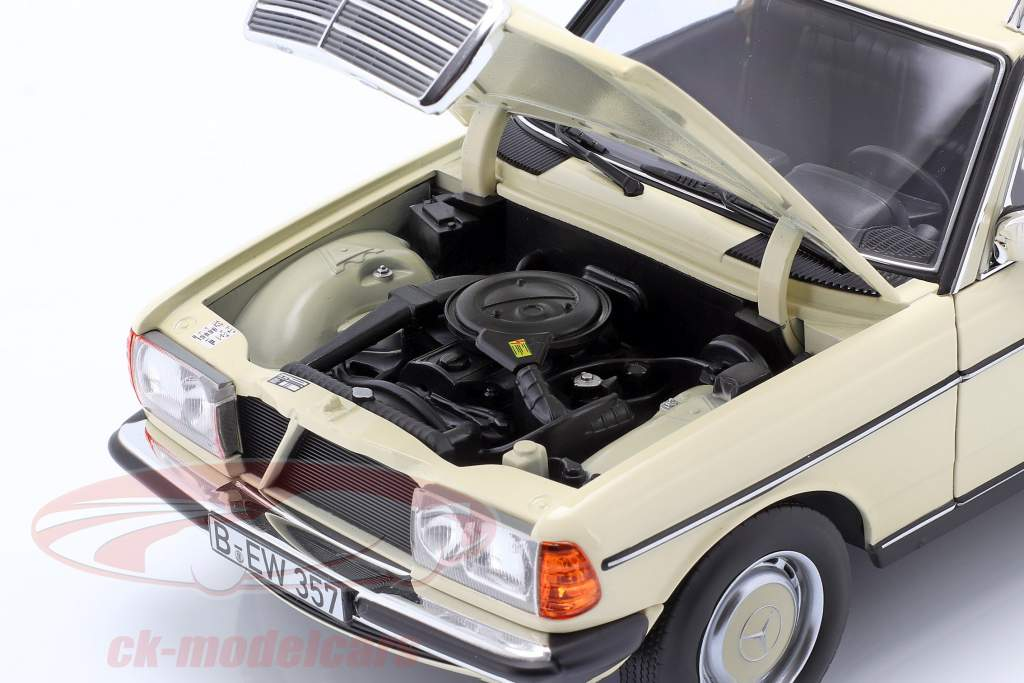 Mercedes-Benz 200 T (S123) Taxi Année de construction 1982 Ivoire clair 1.18 Norev