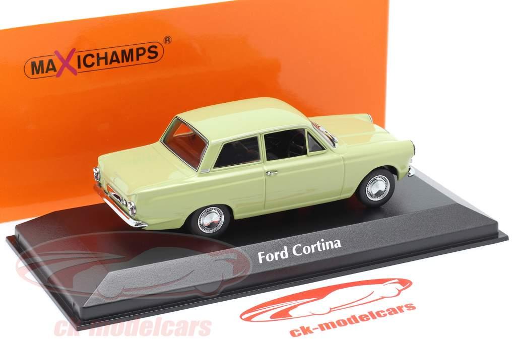 Ford Cortina MK I Bouwjaar 1962 licht groen 1:43 Minichamps