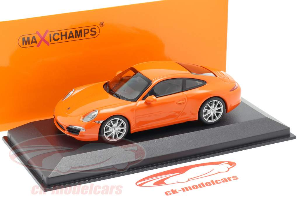 Porsche 911 (991) Carrera S Baujahr 2012 orange 1:43 Minichamps