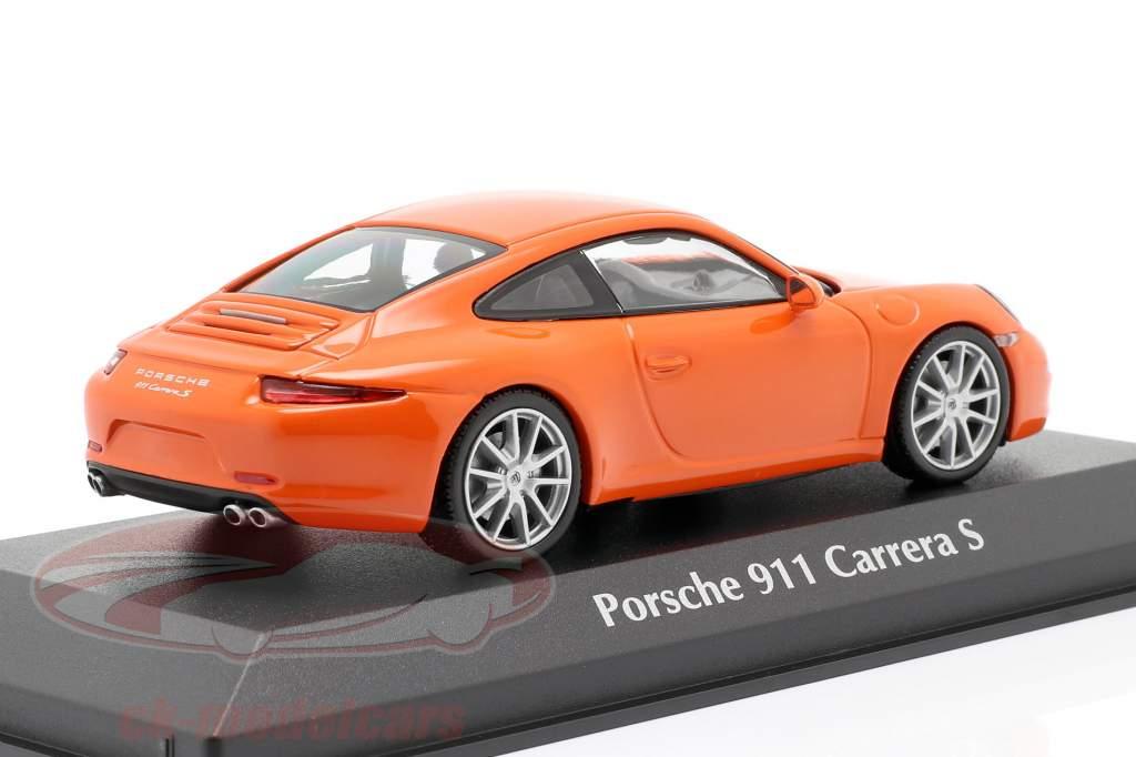 Porsche 911 (991) Carrera S année de construction 2012 orange 1:43 Minichamps