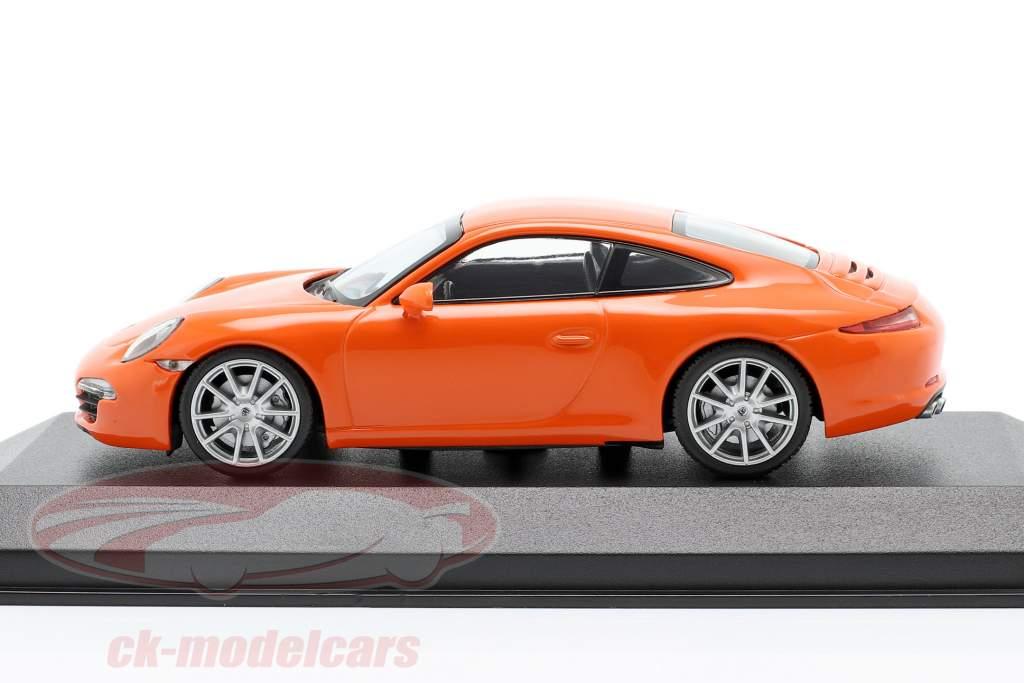 Porsche 911 (991) Carrera S ano de construção 2012 laranja 1:43 Minichamps