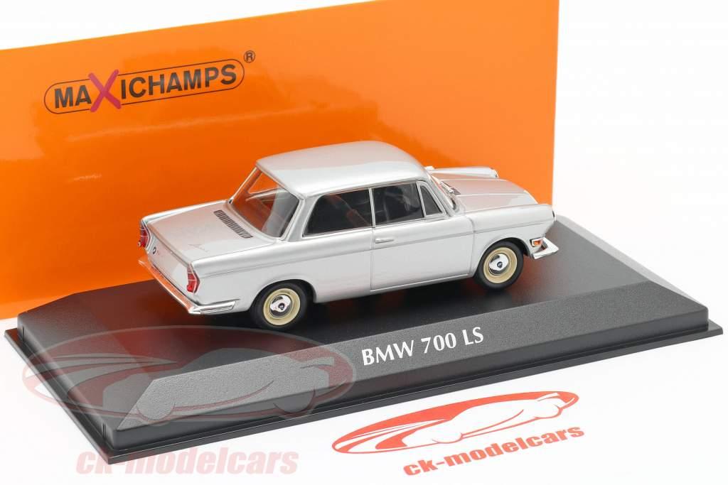 BMW 700 LS Construction year 1960 silver 1:43 Minichamps
