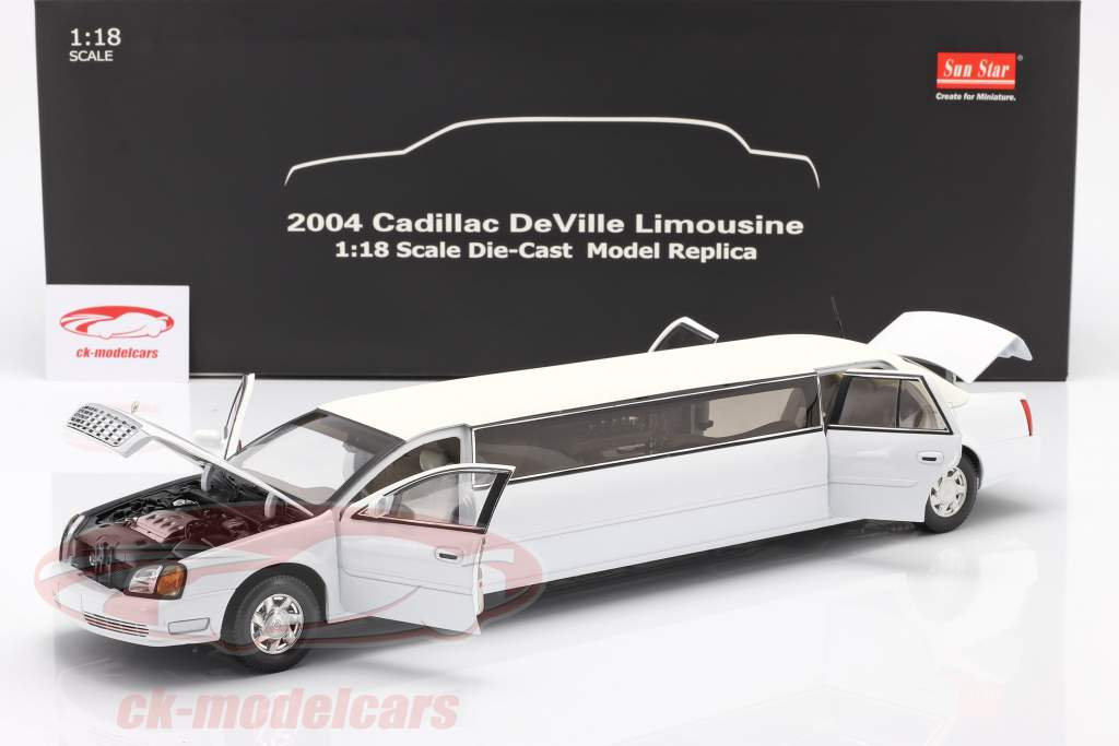 Cadillac DeVille Limousine Byggeår 2004 hvid 1:18 SunStar