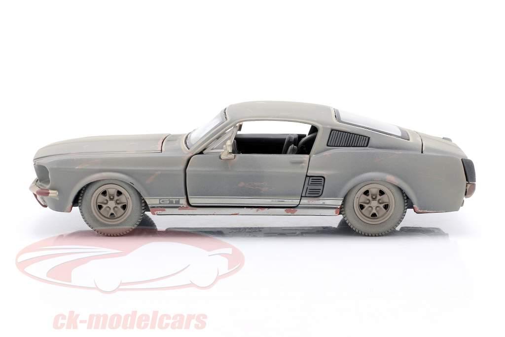 Ford Mustang GT Byggeår 1967 Snavset version 1:24 Maisto