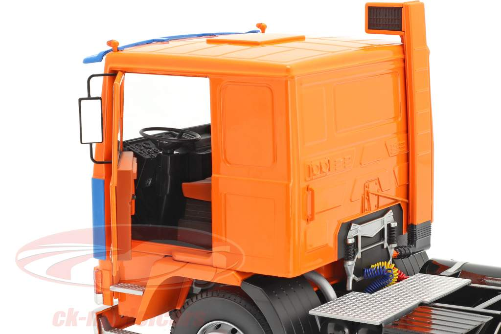 Volvo F12 Camion Deutrans Anno di costruzione 1977 arancia / blu 1:18 Road Kings