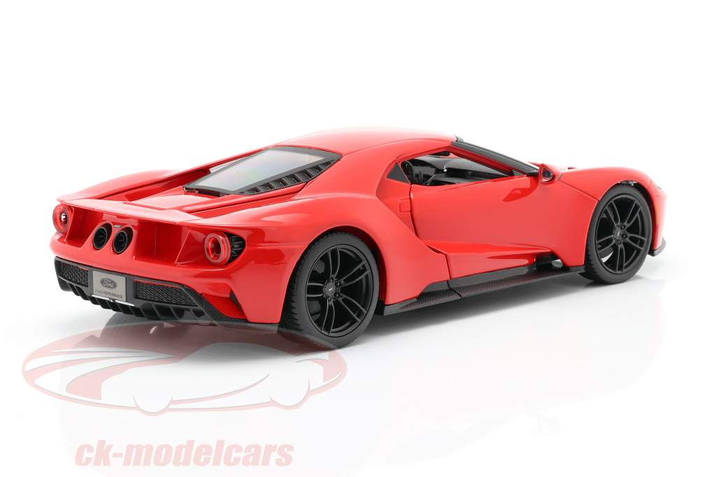 Ford GT ano 2017 vermelho 1:18 Maisto