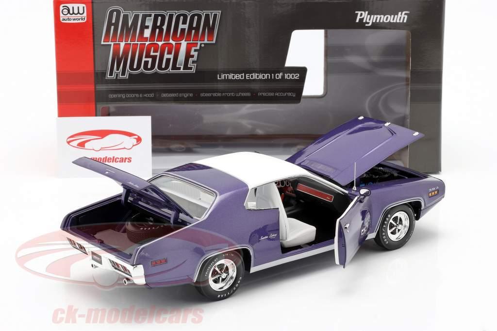 Plymouth Satellite Sebring Plus year 1971 violet metallic / White 1:18 AutoWorld