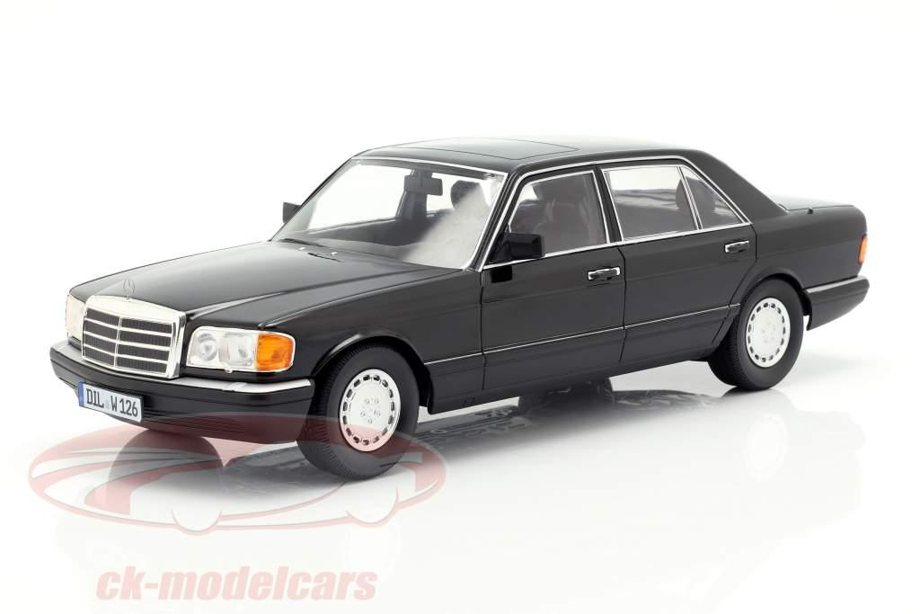 Mercedes-Benz 560 SEL S-Klasse (W126) Baujahr 1985 schwarz 1:18 iScale