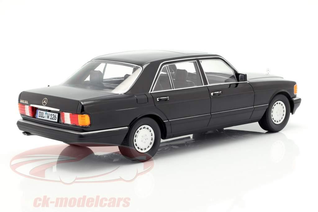 Mercedes-Benz 560 SEL S-klasse (W126) Byggeår 1985 sort 1:18 iScale