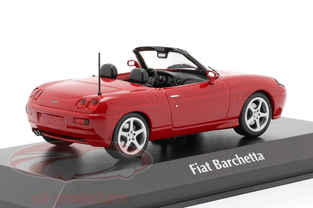 Fiat Barchetta Bouwjaar 1995 rood 1:43 Minichamps