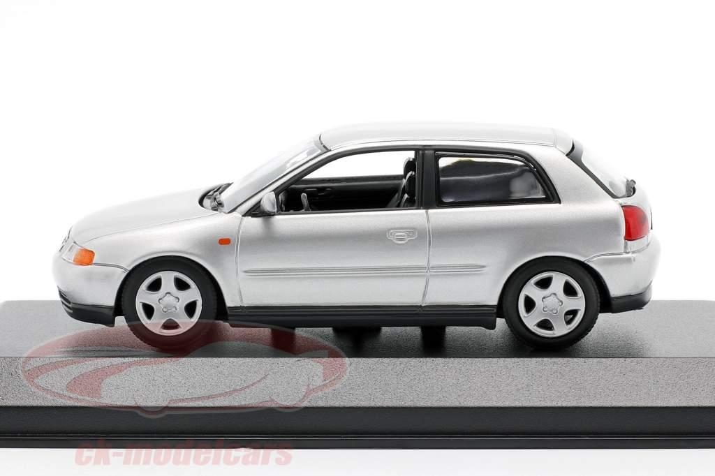 Audi A3 (8L) Bouwjaar 1996 zilver 1:43 Minichamps