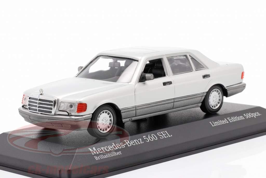 Mercedes-Benz 560 SEL (W126) Année de construction 1990 argent 1:43 Minichamps