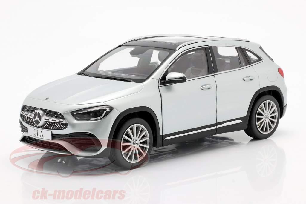Mercedes-Benz Classe GLA (H247) Anno di costruzione 2020 argento iridium 1:18 Z-Models