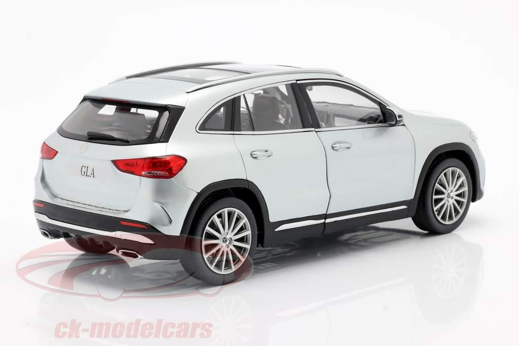Mercedes-Benz Clase GLA (H247) Año de construcción 2020 plata de iridio 1:18 Z-Models